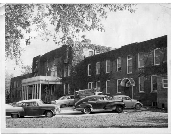 Hospital - Niagara Falls<br /> Greater Niagara General Hospital<br /> Photo - By Niagara Gazette.