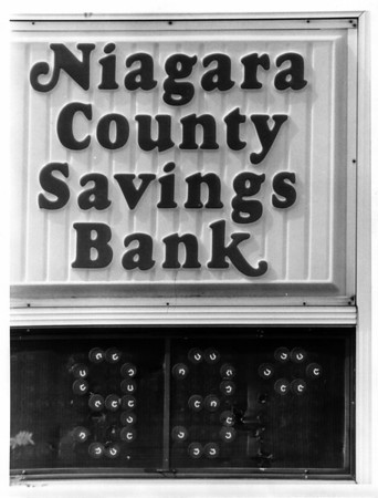 Parks - Niagara County Savings Bank Commons<br /> Niagara County SavingsBank Commons<br /> Photo - By Joe Eberle