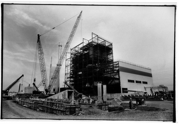 Power - Southern Electric<br /> New power plant, Frontier Ave at 56th Street.<br /> Photo - By James Neiss - 10/10/1990.