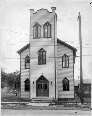 Churches - Riverside Presbyterian<br /> Riverside Presbyterian Church.<br /> Photo - By L. J. Schira.