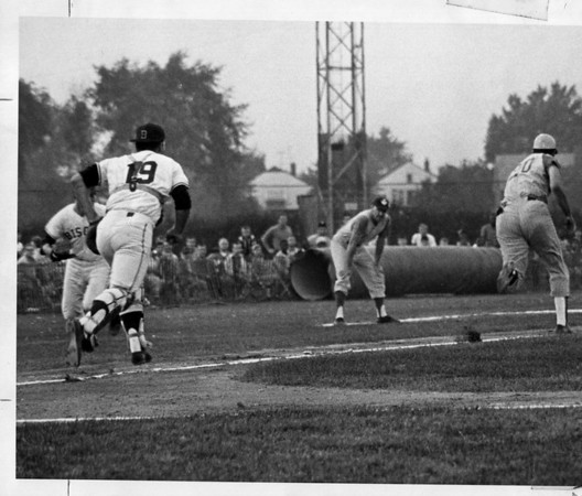Sports - Johnny Bench<br /> Johnny Bench 1967 at Hyde Park Stadium.<br /> Photo - By Niagara Gazette - 1967.