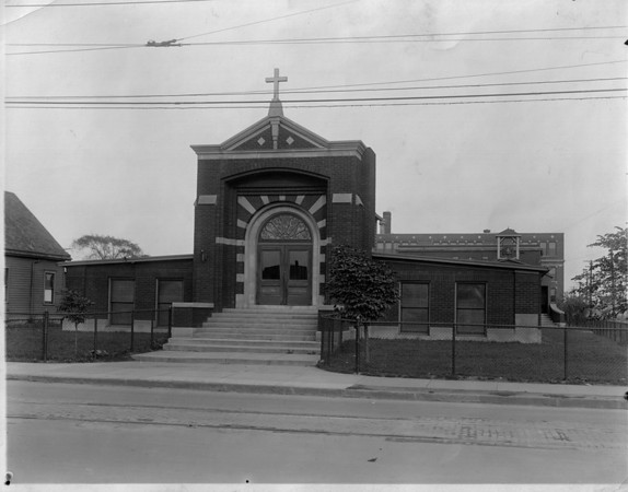 Churches - St. Stanislaus <br /> St. Stanislaus on the corner of 24th Street and Welch Ave in Niagara Falls<br /> Photo - By Niagara Gazette.