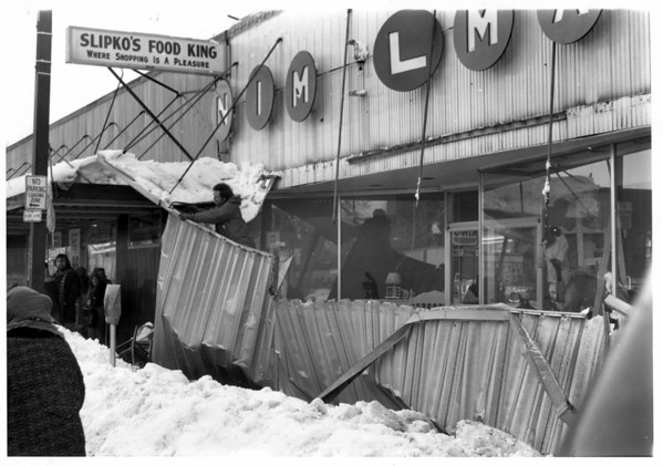 Blizzards - 1977<br /> Th blizzard of 1977.<br /> Damage to Slipkos<br /> Photo - By Niagara Gazette - 2/5/1977.