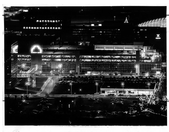 Buildings - Niagara Falls<br /> Rainbow Centre / Lackey Plaza<br /> Photo - By Niagara Gazette - 12/7/1984.