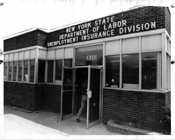 Buildings - Niagara Falls<br /> New York State Department of Labor Unemployment Insurance Division<br /> Photo - By Niagara Gazette - 6/16/1980.