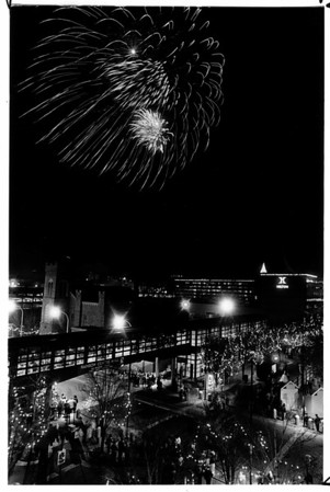 Christmas - Festival of Lights<br /> Phot - By Niagara Gazette - 11/29/1987.