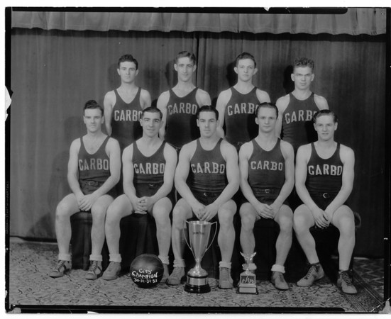 Sports - Basketball<br /> Top Row: Adam Wilson, Marti Blanch, Marshall Holm, Curly Kehoe.<br /> Bottom Row: Bob Wilson, Oscar Quinones, Dean Fredricks, Charlie Smith, and Ray Medbeuvy.<br /> Photo - By Niagara Gazette - 1933.