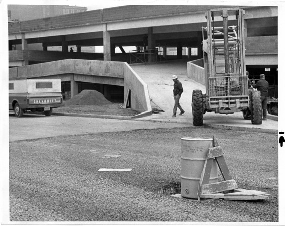 Parking - Parking Ramp<br /> Parking Ramp on 3rd street at LaSalle Arterial.<br /> Photo - By Jerry Lasher - 10/16/1974.