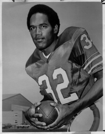 Sports - Football<br /> O.J. Simpson - Buffalo Bills.<br /> Cessna/NFL Player of the Week.<br /> Photo - By Niagara Gazette - 9/23/1973.