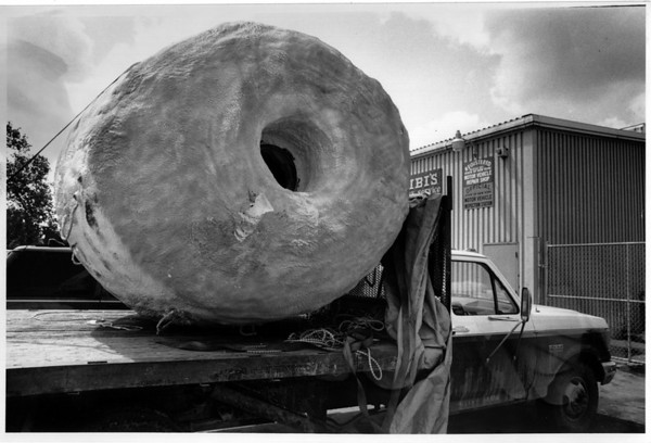 Niagara Falls, Stunters, Peter E. DeBernardi - DeBernardi's barrel sits on a truck after police arrested him and two helpers. 8/14/1990 Ron Schifferle Photo.