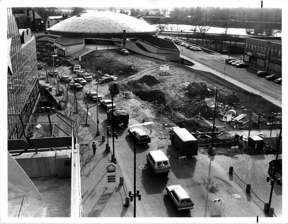 Streets - Urban Renewal.<br /> Construction slows traffic on Rainbow Blvd. South.<br /> Photo - By Ron Schifferle - 11/27/1984.
