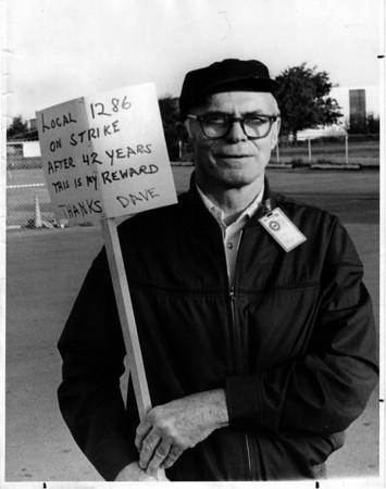 Industries - Bell<br /> Louis Vathy of Town of Tonanwanda Vice Pres. of Union.<br /> Photo - By John Kudla - 6/9/1982.