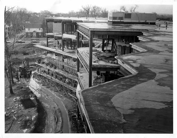 Hospitals - Niagara Falls<br /> Niagara Falls Memorial Medical Center<br /> Photo - By Niagara Gazette - 3/24/1972.