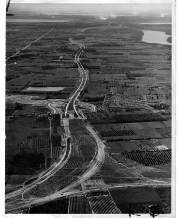 Streets - Niagara Falls<br /> Robert Moses Parkway<br /> Photo - By Power Authority of the State of New York - 8/30/1965.