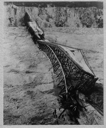 Falls View Bridge lies on the ice after falling in January 1938 from pressure of the ice. Jan 27, 1938 Collapse.