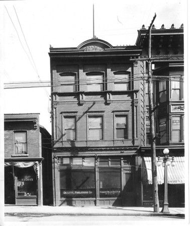 Niagara Gazette Building dated 1898. The paper was first published in Columbian Hall at 350 Main street. Later it occupied sites in the Frontier Mart and the Arcade Building, Falls Street; the Allen block, First Street and the Lindsey Block, Third Street, before moving to 310 Niagara Street in 1915.           <br /> <br /> Clarify