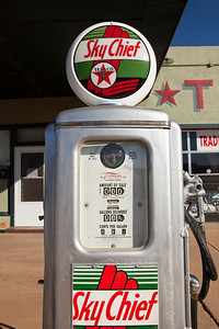 Gas Pump Tucumcari NM_2809