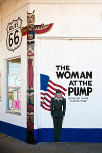 The Woman at the Pump Mural Tucumcari NM_2811