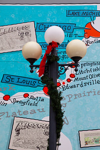 Streetlamp Route 66 Mural Pontiac IL_4215
