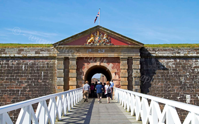 Crowds Gather for the Celebration of the Centuries - Fort George - 11 August 2012