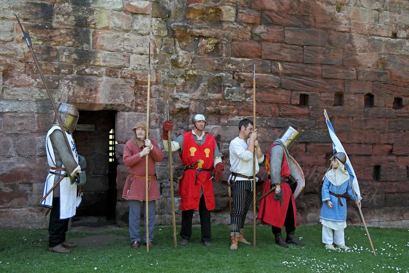 Waiting - Bothwell Castle - 27 May 2012