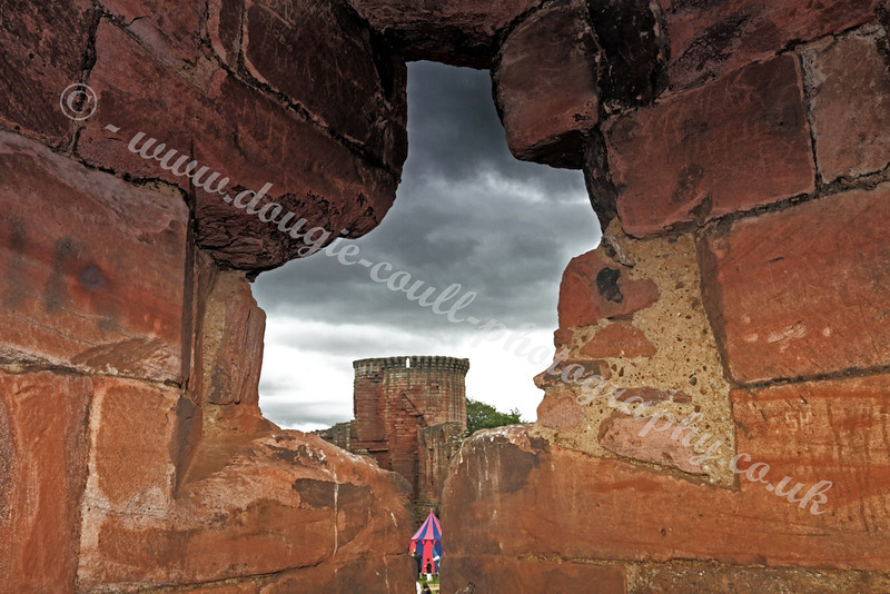 Historic Scotland - Bothwell Castle - 31 July 2011