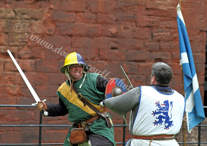 Mock Battle 1314 - Bothwell Castle - 31 July 2011