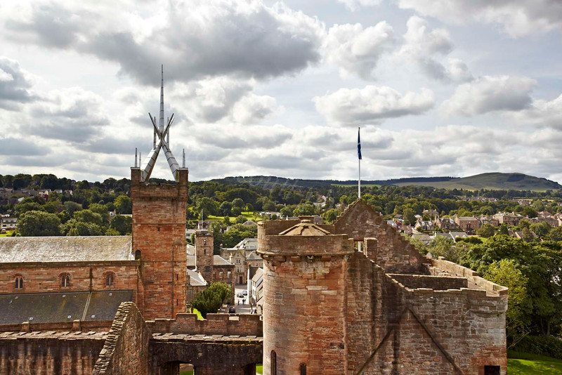 Linlithgow Palace and St Michael's Church - 25 July 2012