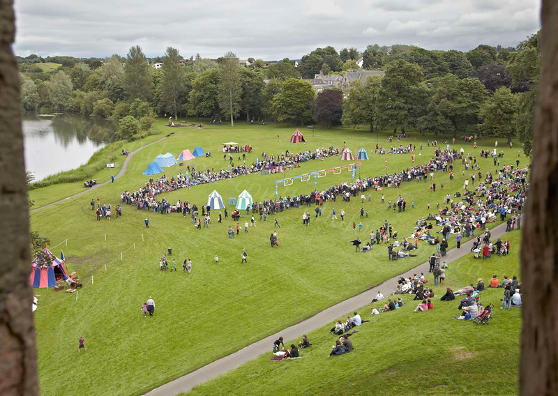 Crowds Gather for the Jousting - Linlithgow Palace - 8 July 2012