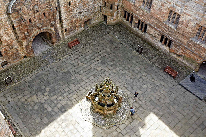 Looking Down - Linlithgow Palace - 25 July 2012
