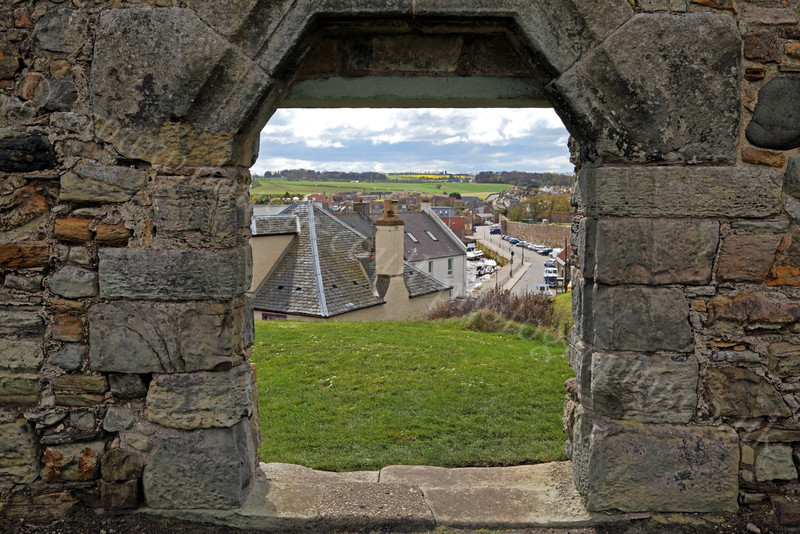 Cathedral Wall - St Andrews - 27 April 2012