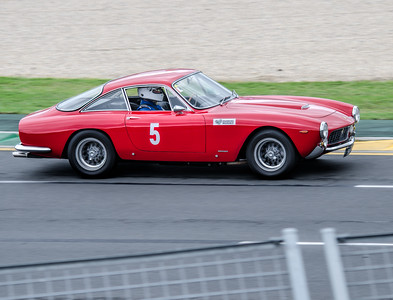 Grant Perryman, number 5, driving a 1963 Ferrari 250 GT Lusso