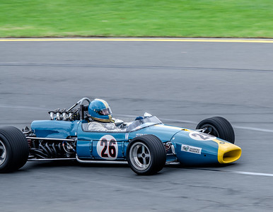 Peter Strauss, number 26, in a 1968 Brabham BT31