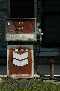 Old Gas Station near Lake City, FL
