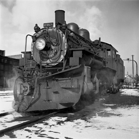 1935-04n1 B&M #1468 Worc Yards_dK