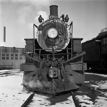 1935-04n2 B&M #1468 Worc Yards_dK