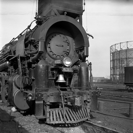 1937-04n2 B&M 4021 Worc Sand Tower_dK