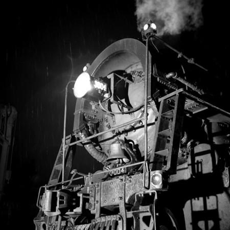 1937-14n4 B&M #3004 Worc Night Shots_dK