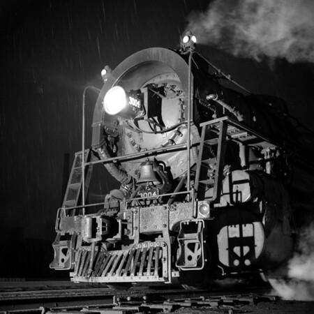 1937-14n2 B&M #3004 Worc Night Shots_dK