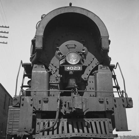 1937-15n7 B&M #4023 Worc Yards_dK