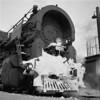 1937-05n3 B&M #4013 Worc Ash Pits_dK