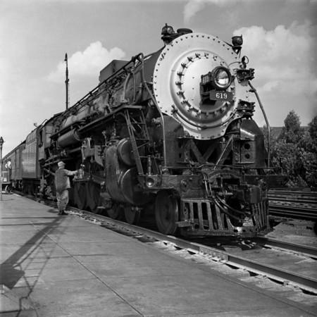 1938-36n1 B&A #619 Hudson_dK