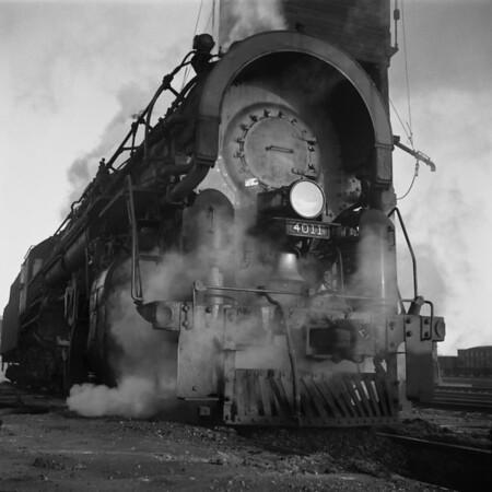 1938-03n3 B&M #4011 Coal Tower_dK