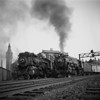 1939-09n2 B&M #3712 (R) NH #1392 (L) Worc Union Sta_dK
