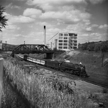 1939-14 B&M #4100 'East Wind' south Worc_dK