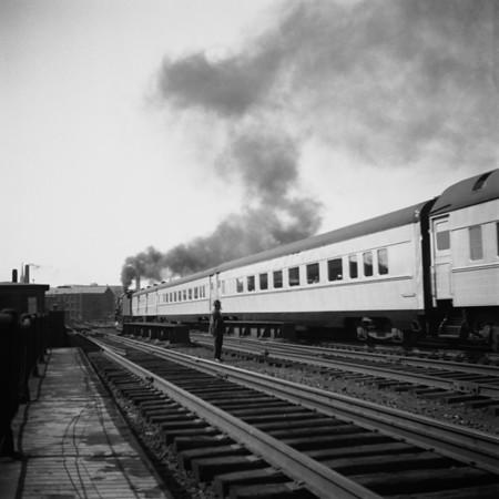 1939-11 B&M 'East Wind' Worc Union Sta_dK