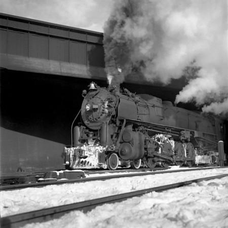 1941-04n1 B&M 4102 under B&A bridge Worc