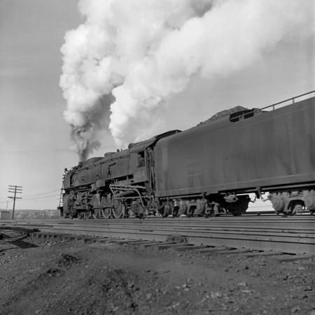 1941-08n5 B&M 4104 Lowell, MA_dK