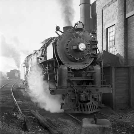 1941-06 B&M 4105 at Worc  ash pits_dK