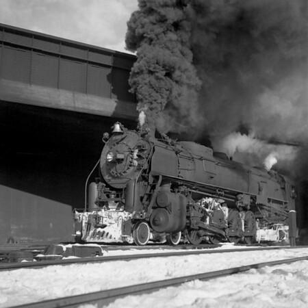 1941-04n2 B&M 4102 under B&A bridge Worc